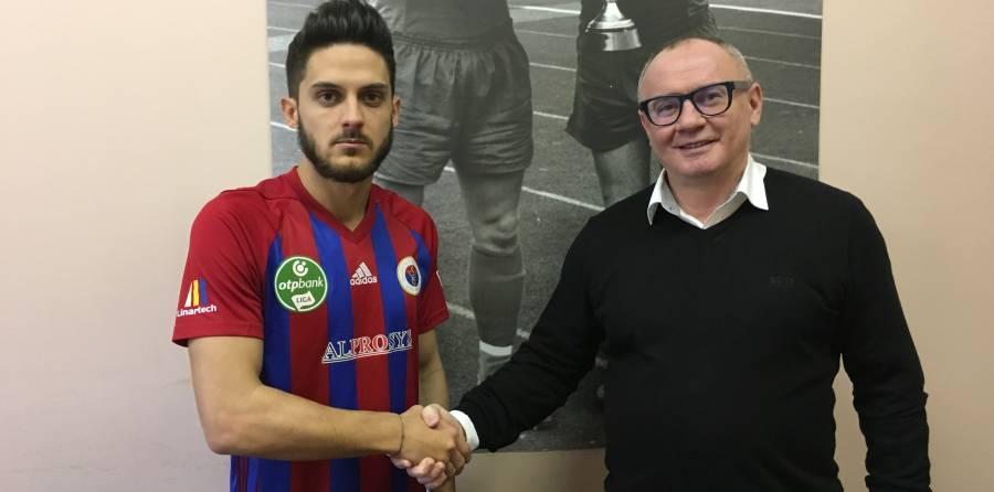 Barczi Dávid két és féléves szerződést írt alá